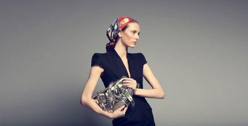 alexander-mcqueen-accessories-sale-gilt