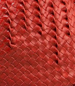 Bottega-Sculptured-woven-detail
